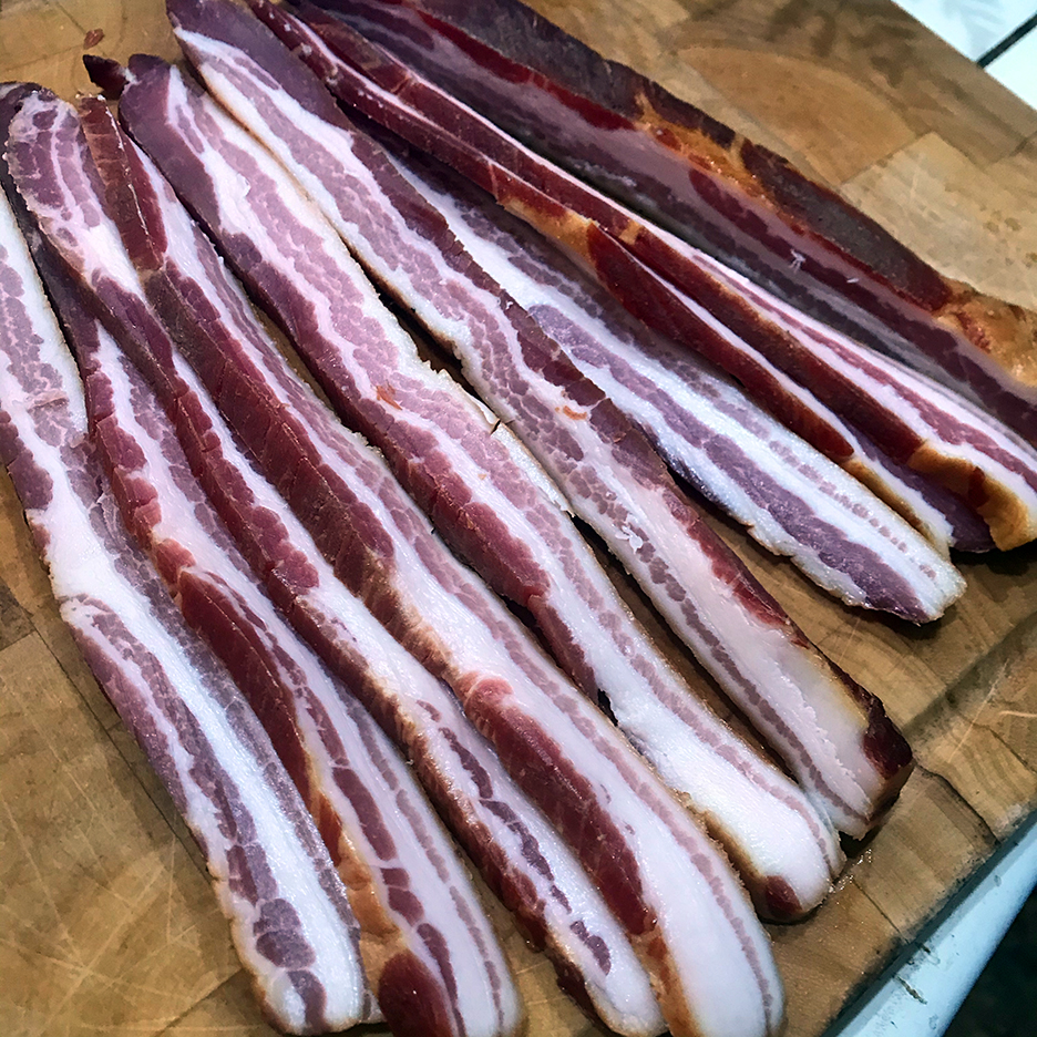 Bacon_thick_slices_2.jpg