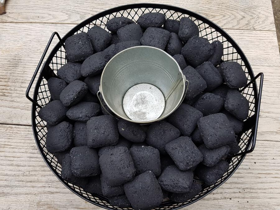 Basket with can.jpg