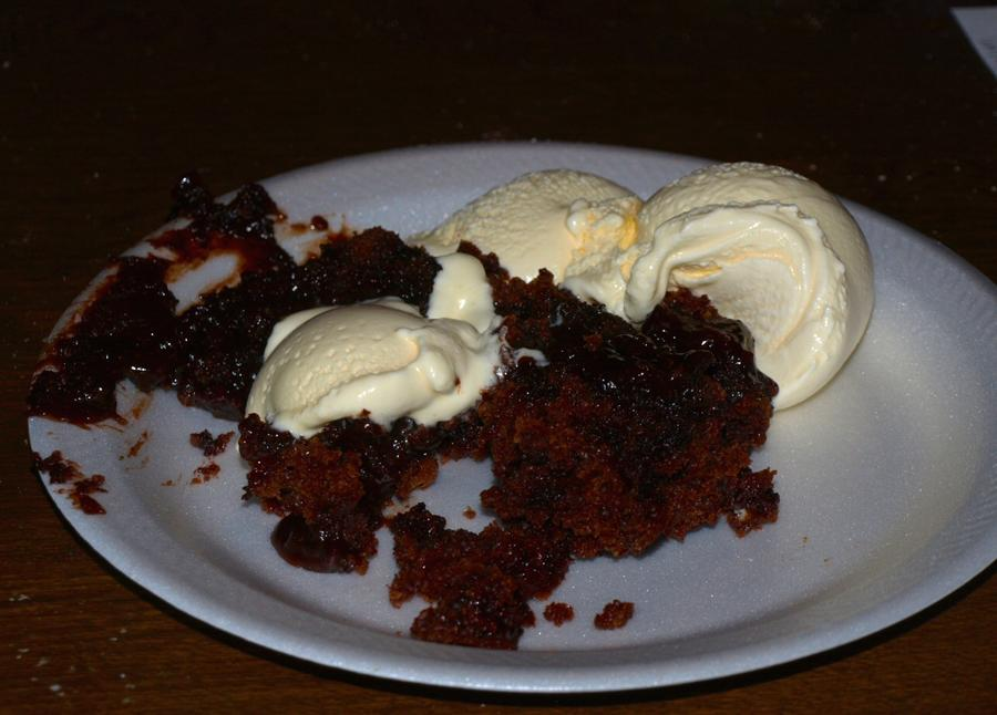 Dutch oven cake with ice cream 10-8-2011.jpg