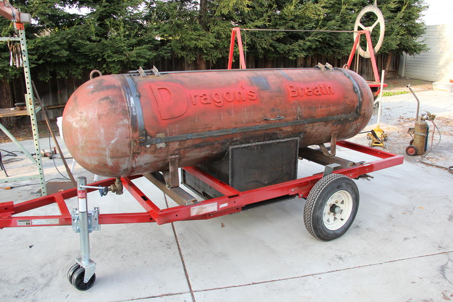 Smoker on trailer 004.JPG